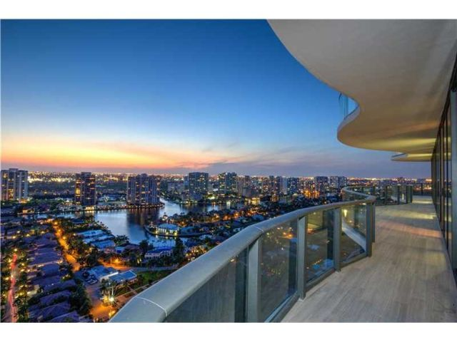 Sunny Isles Miami FL: Guide to Sunny Isles homes for sale, real estate trends, neighborhood info. Sunny Isles listings, home pictures, prices, maps, floorplans, etc.