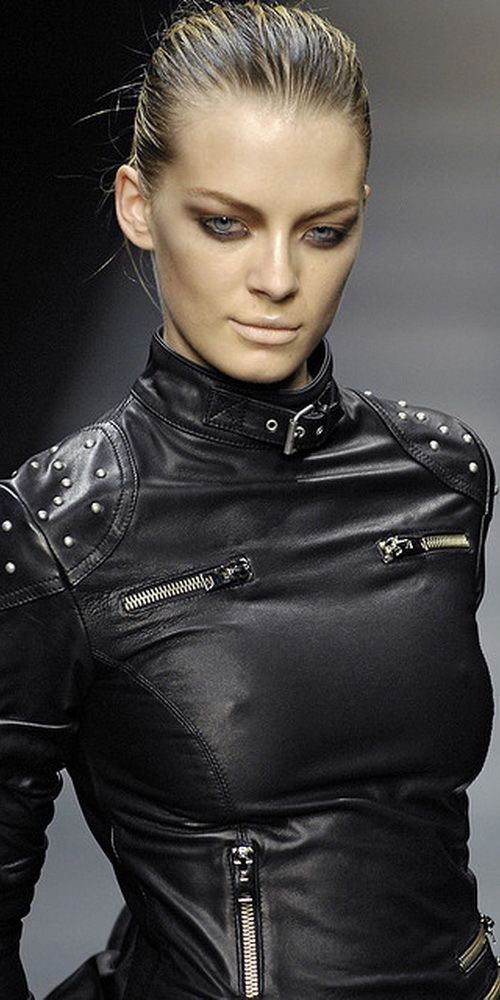 Visions of the Future: Belstaff. Oh my word... I bought the wrong jacket. Got the Belstaff, but it looks nothing like this. STUNNING