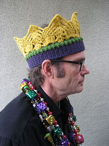 Crochet Crown Pattern - Free Pattern for Mardi Gras, Parties or Dress Up!