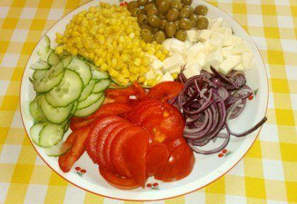 Kánikula saláta kertifű öntettel | NOSALTY – receptek képekkel