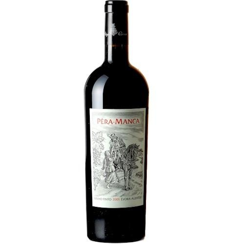 Pêra Manca is a cult wine produced near Évora, in Alentejo. It has a long pedigree that is intertwined with the history of Portugal. Pedro Álvares Cabral took bottles of Pêra Manca in the voyage that resulted in the discovery of Brazil, in 1500. The red Pêra Manca is made with Trincadeira and Aragonês grapes and it is produced only in exceptional years.