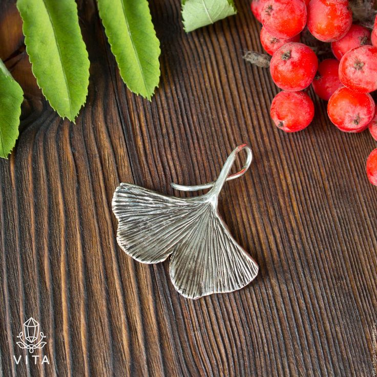 Купить Гинкго - кулон в виде листа дерева гинкго - гинкго, листья, ветка, дерево, природный