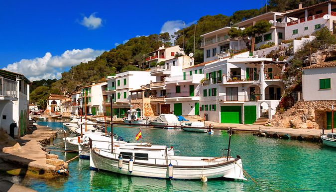 UK Holidays: 3-7 Night All-Inclusive Stay With Flights for just: £99.00 Escape, all-inclusive style, to the tropical paradise of Mallorca for a 3-7 night stay      Stay at the Elegance Vista Blava orCaribbean Bay      Each room has Wi-Fi access andan en suite bathroom      Indulge in the all-inclusive stay with drinks, meals and snacks to your heart's content.      Each hotel features...