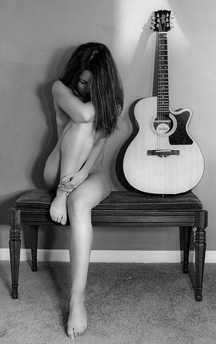 девушки с формами как гитара секс фото ямы