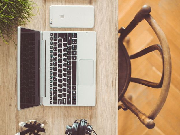 16 Zen Office Finds That Aren't a Rock Garden | Levo League |         relaxation, office environment, office decorating, office decor, cubicle, careeradvice