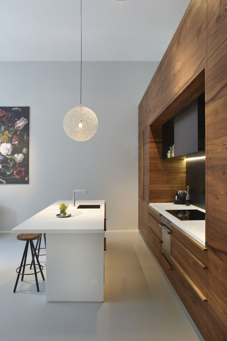 #keuken #eiland #RVS #inbouwapperatuur #eiken #hout #multieplex #kast #kitchen #stainlesssteel #appliances #oak #wood #plywood #custembuilt #closet