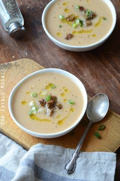 Beer and Cheese Cauliflower Soup has rich, complex flavor and rivals anything you'd get at a restaurant. #recipe