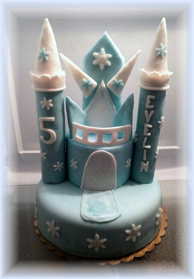 castle frozen cake
