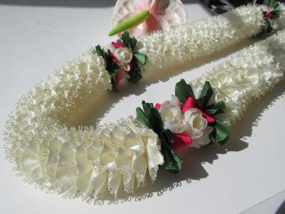 Hawaiian Ribbon Lei White Carnation with Flowers