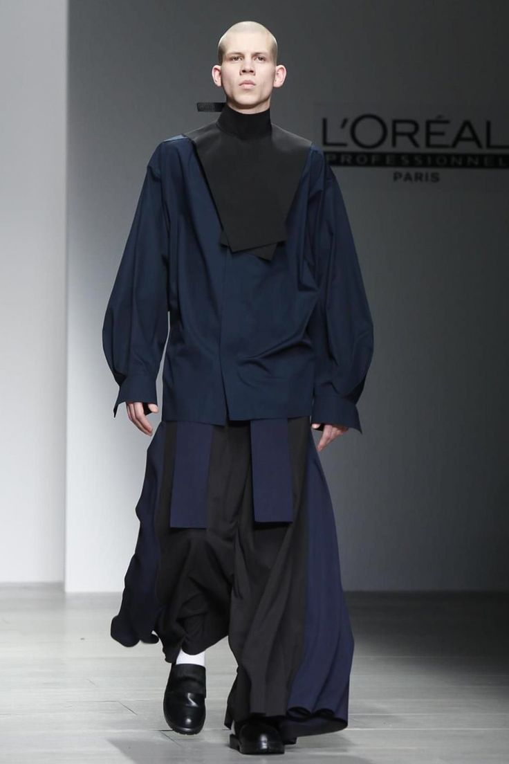 Central Saint Martins MA Ready To Wear Fall Winter 2014 London - NOWFASHION
