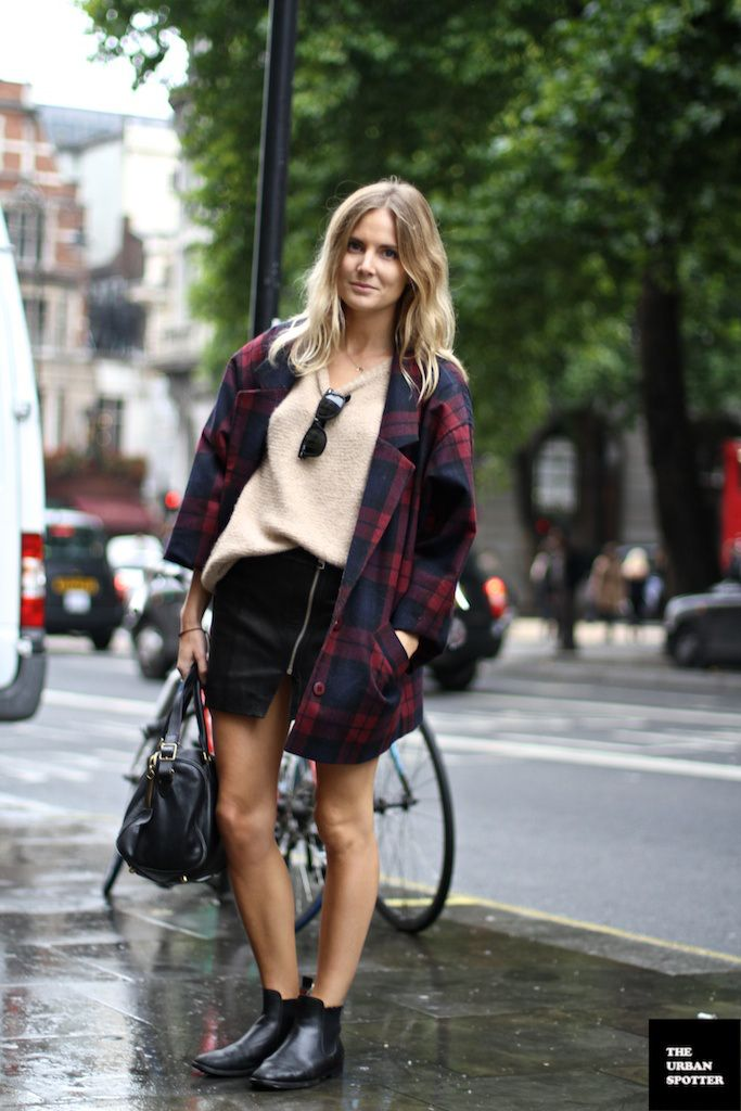 On the Street….Lucy Williams - TheUrbanSpotter