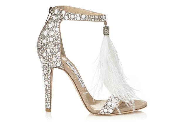 Обувь должна подходить к платью и общей стилистике, туфли от Jimmy Choo Bridal 2016 станут отличным вариантом!