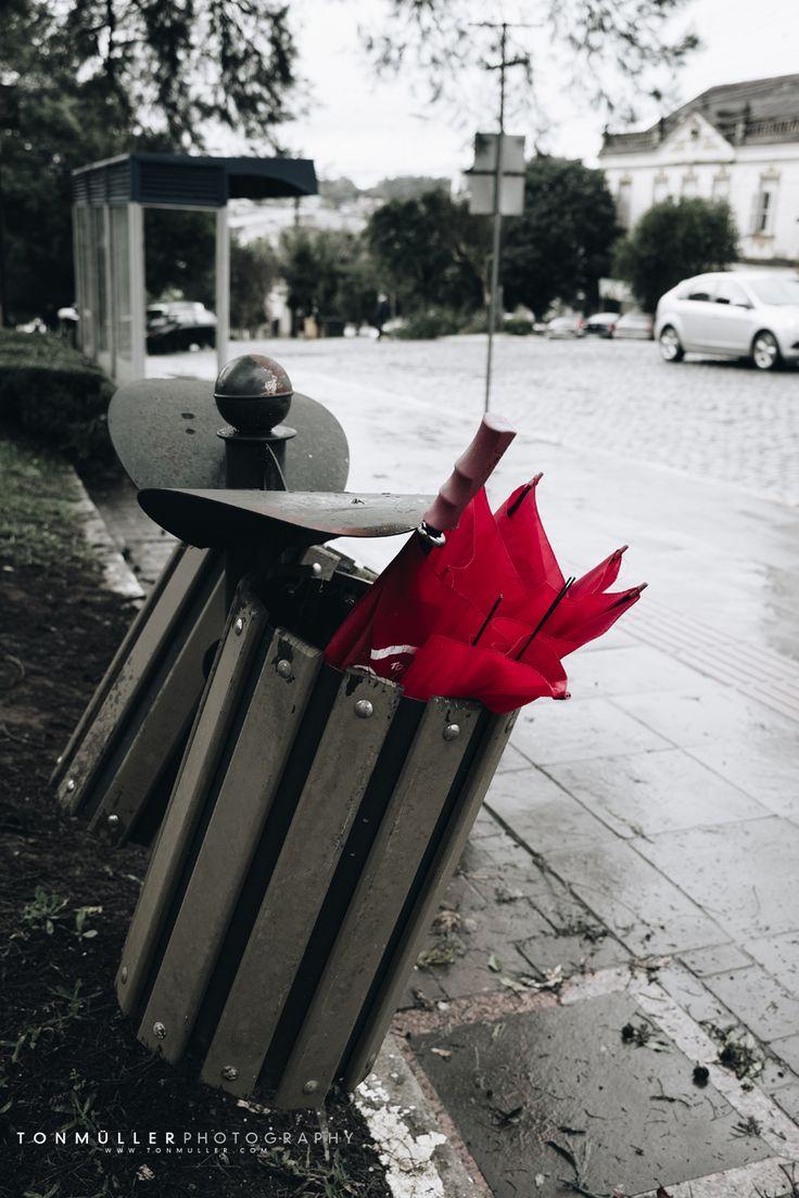 Red - The rain Street