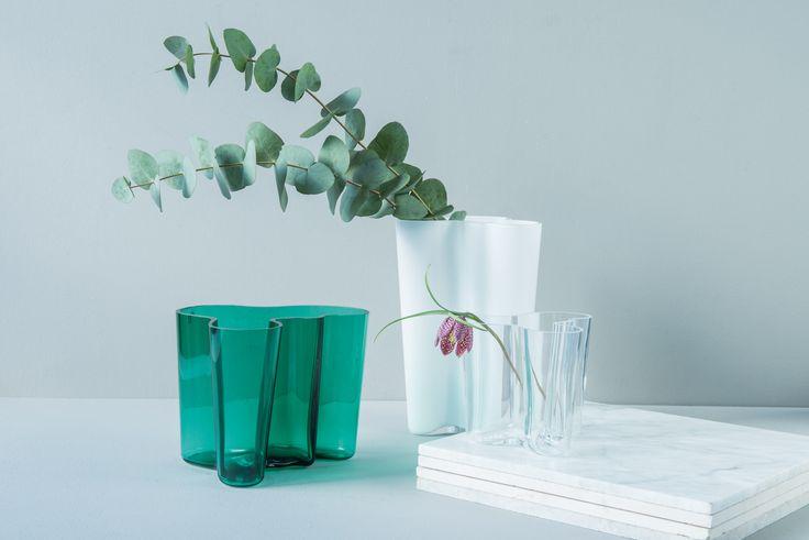 Til bryllupet ville vi anbefalt en tidløs gave. Noe du blir husket for. Da er Alvar Aaltos Savoy-vase et godt valg!