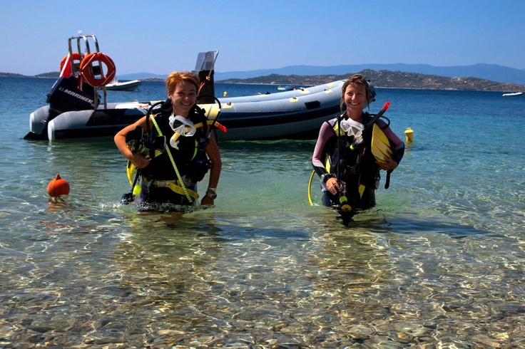 Katerina & Androniki Iliadou, Owners & Managers of the Diving Centre at Eagles Palace | Interview: http://www.macedonianhotels.gr/blog/eagles/eagles-palace-hotel-spa-meet-our-people-14/