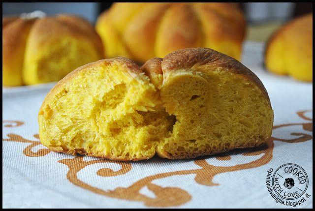 Ricetta Bimby : Panini di Halloween alla zucca http://opinionidivaniglia.blogspot.it/2016/10/ricetta-bimby-panini-di-halloween-con.html