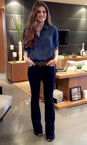 Look Camila Queiroz Camisa Jeans + Calça Flare  17210d38f8aa7