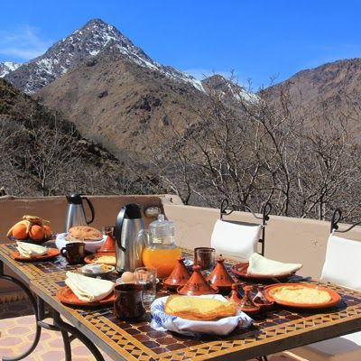 Breakfast overlooking the Atlas Mountains. I could cope with that.