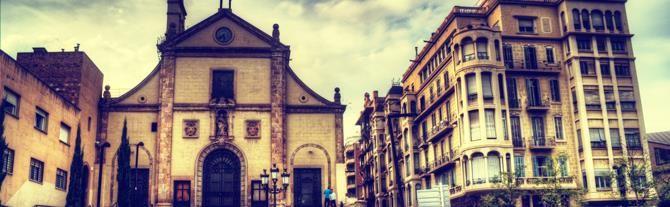 Josepets kerk in #Barcelona. Ontdek haar verborgen begraafplaats en de rest van de nogal....occulte geschiedenis van de wijk Gracia  Binnenkort naar Barcelona? Ontdek dan de artistieke wij Gracià én haar occulte geheimen: http://www.vakantiehuizenspanje.nl/Barcelona-stad/artikels/barcelona-s-occulte-kant-geheimen-spookverhalen-en-urban-legends