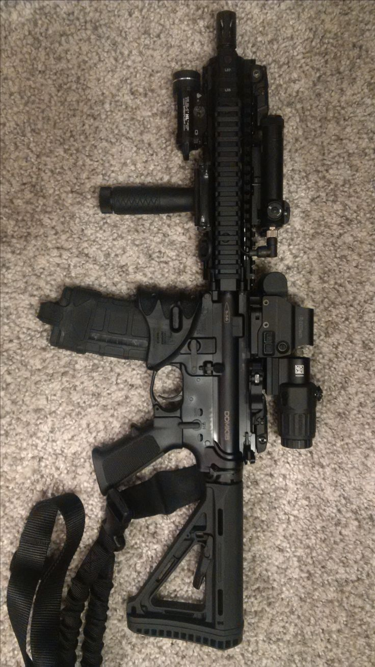 Daniel Defense MK18 5.56, Holographic Hybrid Sight I EXPS3-4 with G33.STS Magnifier, Streamlight TLR-1 HL, Fab Defence MWG, 5.11 Single Point Sling, Magpul MBUS Sights Front/Rear, Newcon Class 3B LAM 2 IR Laser Designator/IR Laser, DD Foregrip!