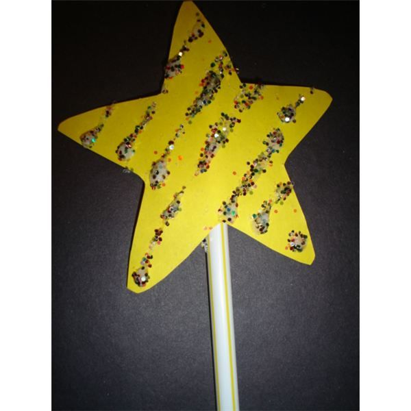 Twinkle Little Stars Activity - site shares great preschool literacy activity (rhyming), math activity (addition, shapes), patterns, etc.