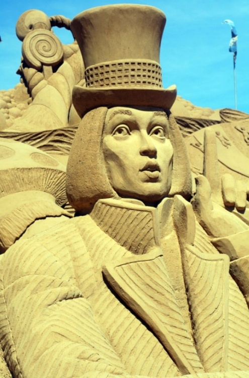 Johnny as Willy Wonka sand sculpture