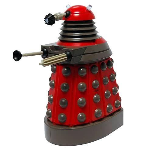 Doctor Who Sprechende Spardose Red Darlek   coole Darlek Spardose mit Licht- und Soundeffekten aus der TV-Serie `Doctor Who` - Größe: 23 cm  Benötigt 3x LR44 Batterien, nicht enthalten Doctor Who Spardose - Hadesflamme - Merchandise - Onlineshop für alles was das (Fan) Herz begehrt!