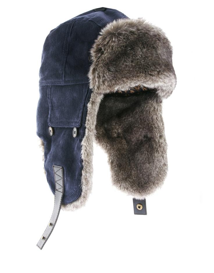 TED BAKER | Chapka velours fourrure | http://www.rienasemettre.fr/shopping-list/chapka-homme-en-fourrure-ted-baker/