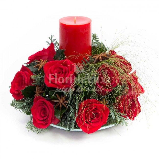 Flori Craciun trandafiri rosii  https://www.floridelux.ro/flori-craciun-trandafiri-rosii.html