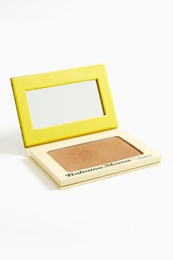 Bahama Mama Bronzer - I want this bronzer so bad, but can't get myself to pay the $15.00 for it yet...I know. I am a cheap-o.