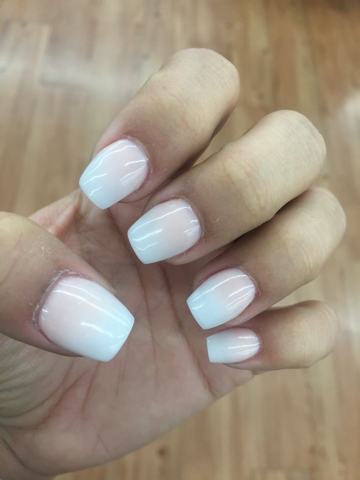 Oval Light Pink Nails