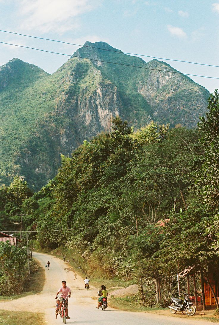Nong Kiau Village, Laos