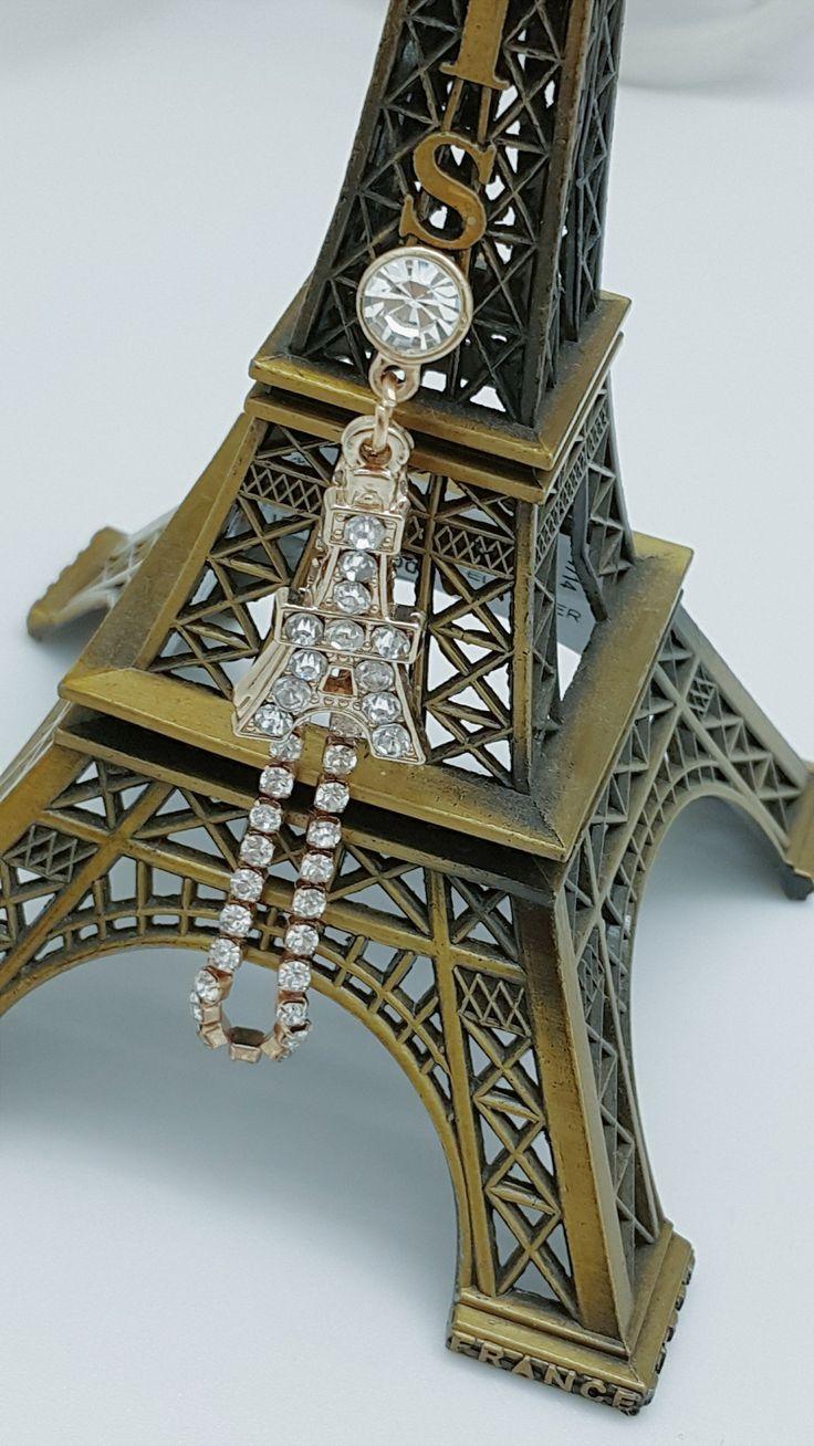 Koleksi Jewelry Pluggy (Stok Terbatas) :  Kode : AWS-192, Nama : Eiffel Tower Swarovski Chain Pluggy, Price : IDR 50