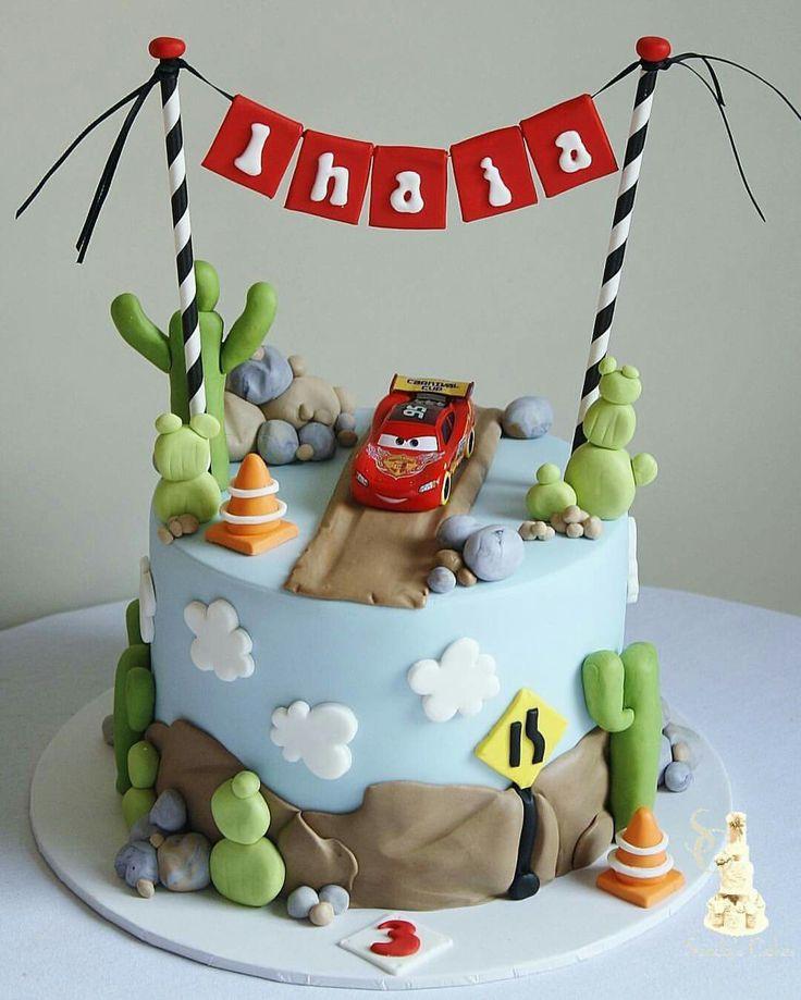 Cake Decorations Lightning Mcqueen : Best 25+ Mcqueen cake ideas on Pinterest