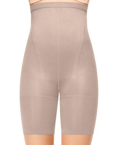 What should i wear under my wedding dress all wedding for Under wedding dress shapewear