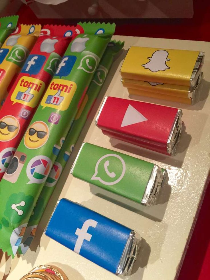 Social Networks for Tomi / Redes Sociales para Tomi | CatchMyParty.com
