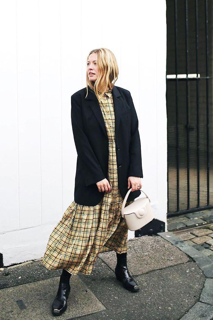 Die 12 Minimalist Fashion Instagram Accounts, denen Sie folgen sollten   Wer was trägt UK   – style tips/advice