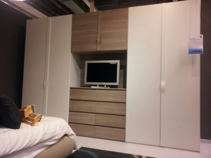 Oltre 25 fantastiche idee su Armadio per camera da letto su ...