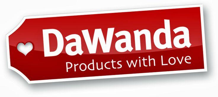 """Sponsor """"Cuscino portafedi personalizzato"""": DaWanda. Noi ci siamo affidati al sito per il nostro cuscino portafedi. Qui artigiani e designer vendono articoli originali e di alta qualità. I produttori sono invitati ad aprire un negozio su DaWanda. Tra le direttive c'è il requisito che il prodotto sia fatto a mano, personalizzato o rimodellato, oppure che il prodotto venga disegnato e concepito dal venditore stesso. Sito: http://it.dawanda.com/"""