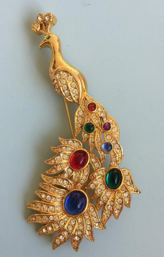 8a5c0327ebbd Vintage Figural Peacock brooch  costumejewelry