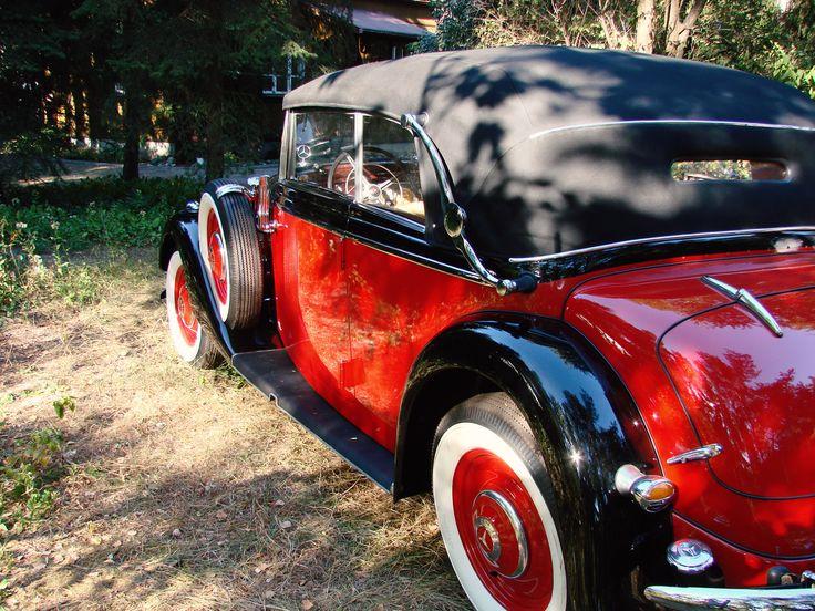 Odrestaurowywanie tapicerki w zabytkowych samochodach. Upholstery restoring in a antique, retro car