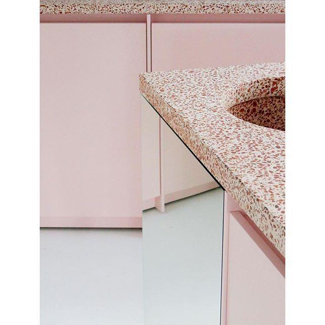 #kitchendesign #granito #terracotta #atelierdialect
