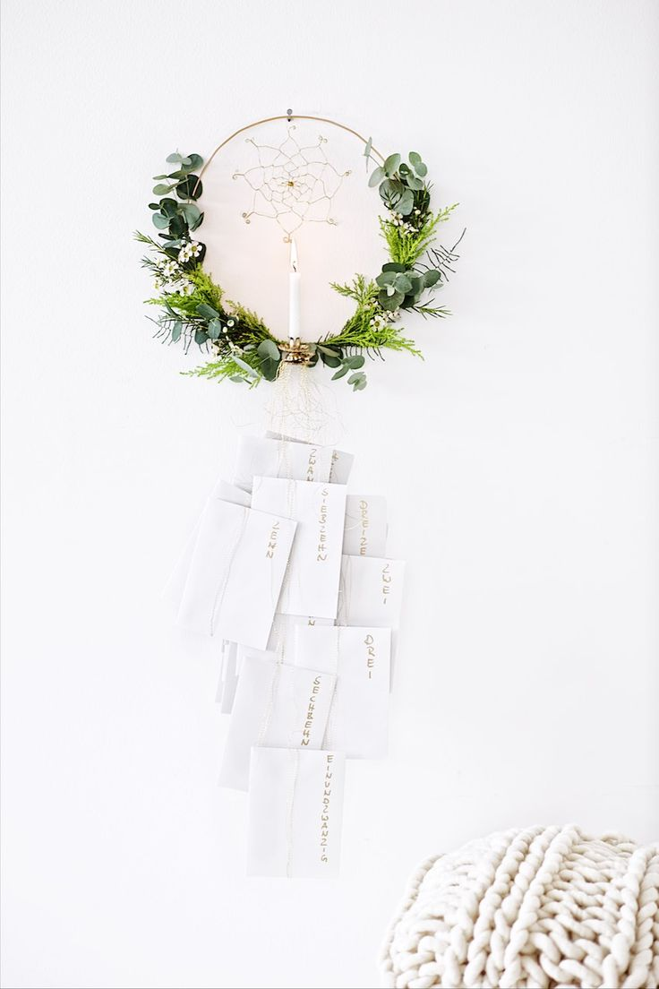 DIY advent-calendar with 25 downloadable inspirational quotes in handwritten fonts with wreath making instructions, Adventskalender DIY mit 25 Postkarten zum ausdrucken