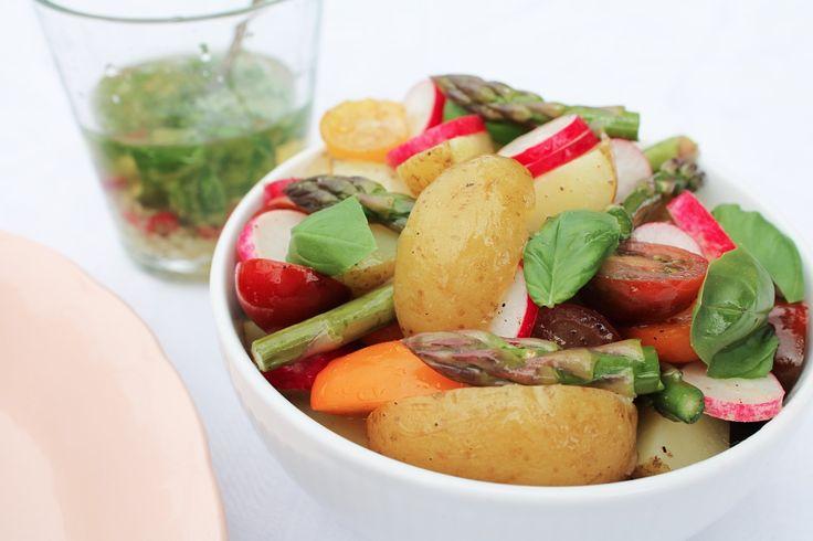 Opskrift: Frisk kartoffelsalat med grønt