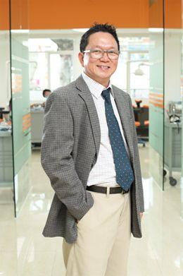 Dr Do Dinh Hung - the founder of Dr Hung & Associates Dental Center