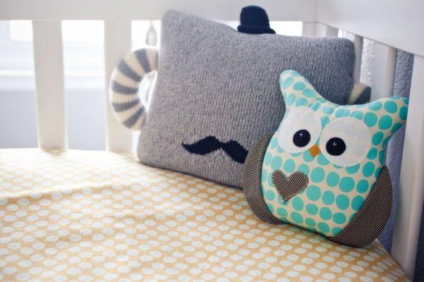 quarto bebe decorado travesseiro coruja
