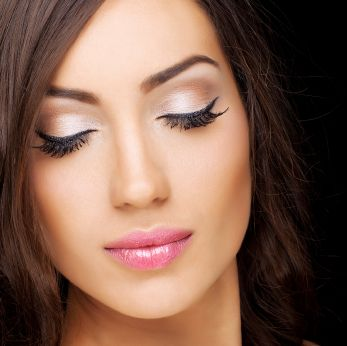 How To Apply Fake Lashes For Prom Night   Beauty High. I assume the same rules apply to other nights too.. ;)