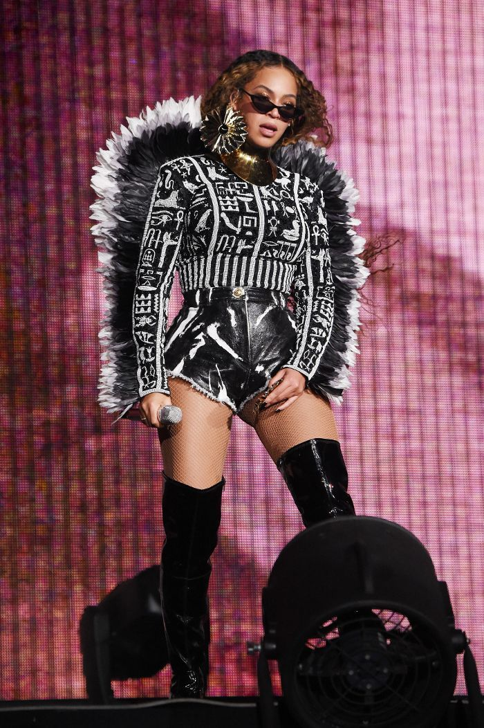 257581f2 Heads Up: Beyoncé Wore 6 Striking Outfits Last Night in 2019 ...