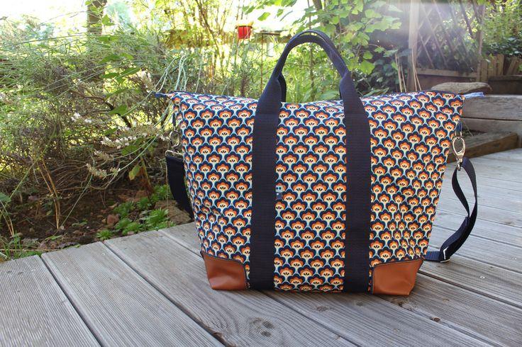 Boah, hat das lange gedauert mit meiner Juli-Sommertasche für den Taschen-Sew-Along-2016 von Greenfietsen. Bereits am 4. Juli, also vor gen...