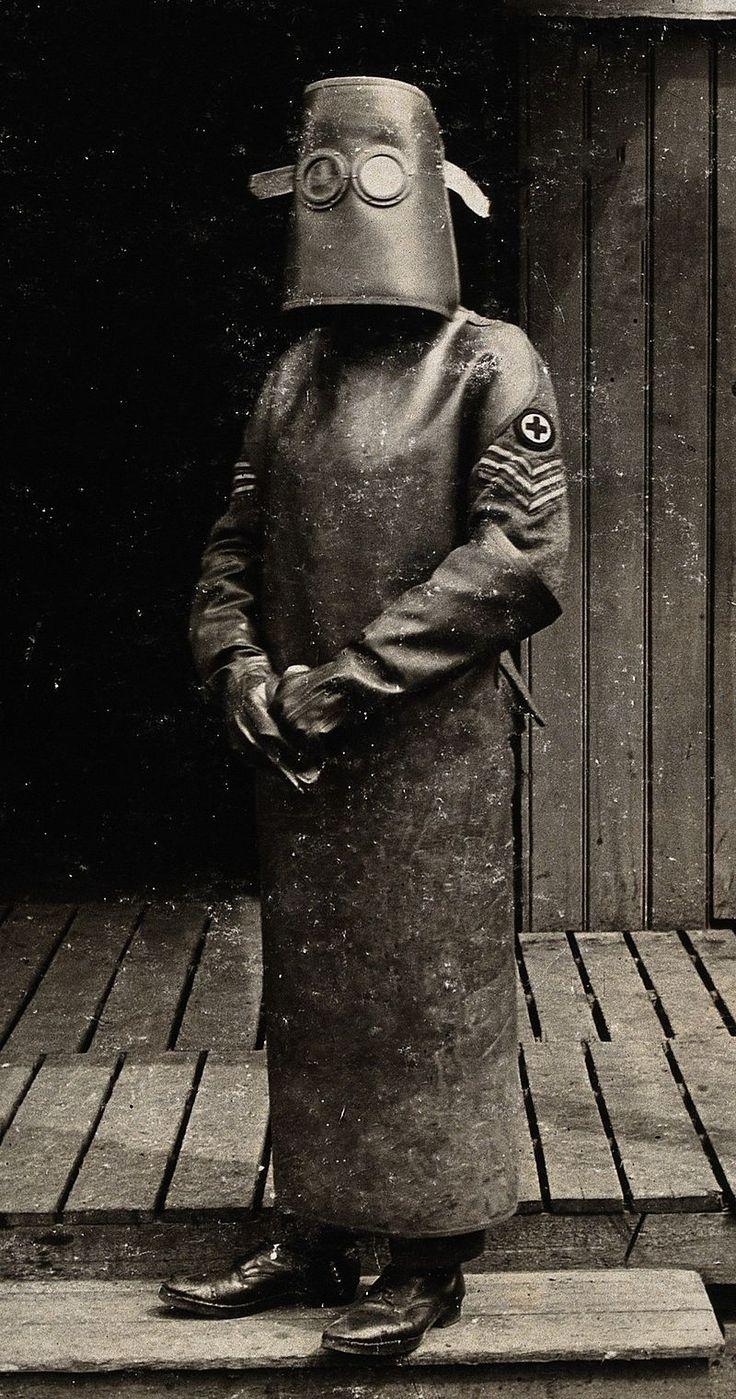 Hazmat suit c1918 - Hazmat suit - Wikipedia, the free encyclopedia